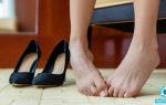 Зуд между пальцами ног: чем лечить, почему чешется и облазит кожа