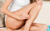Чешутся ноги ниже колен: причины зуда кожи на икрах, лечение