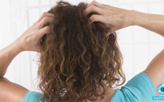 Шампунь от зуда кожи головы, народные средства: причины и лечение