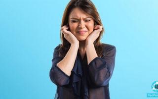 Чешется мочка уха: причины зуда мочек ушей, почему опухают, лечение